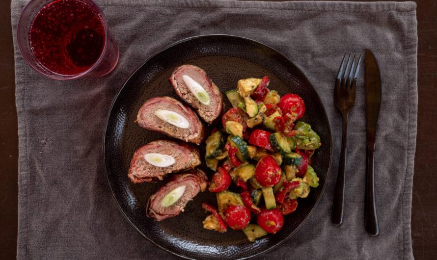Grillezett sertésszűz avokádó salátával