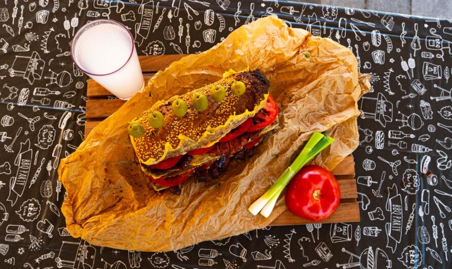 Sertéscomb BBQ szendvics
